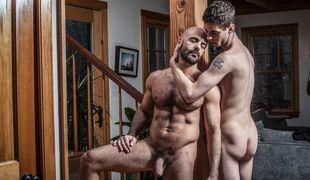 Daddy's Big Boy, Scene #01