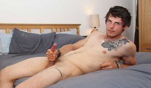 Sexy straight lad Tom is a confident boy who loves to show off and stroke it