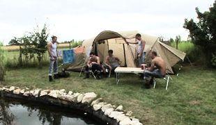 Camp, Scene 01