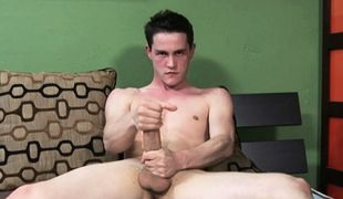 College Dudes - CJ Diamante Busts A Nut